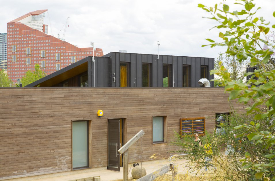 images/projects/images/HD/00000000049/olympic_park_north_hub_timber_lodge_14_33472.hd8