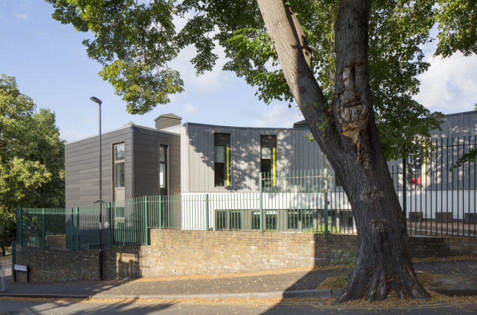 images/projects/images/HD/00000000049/john_ball_primary_school_london_1_33477.hd8