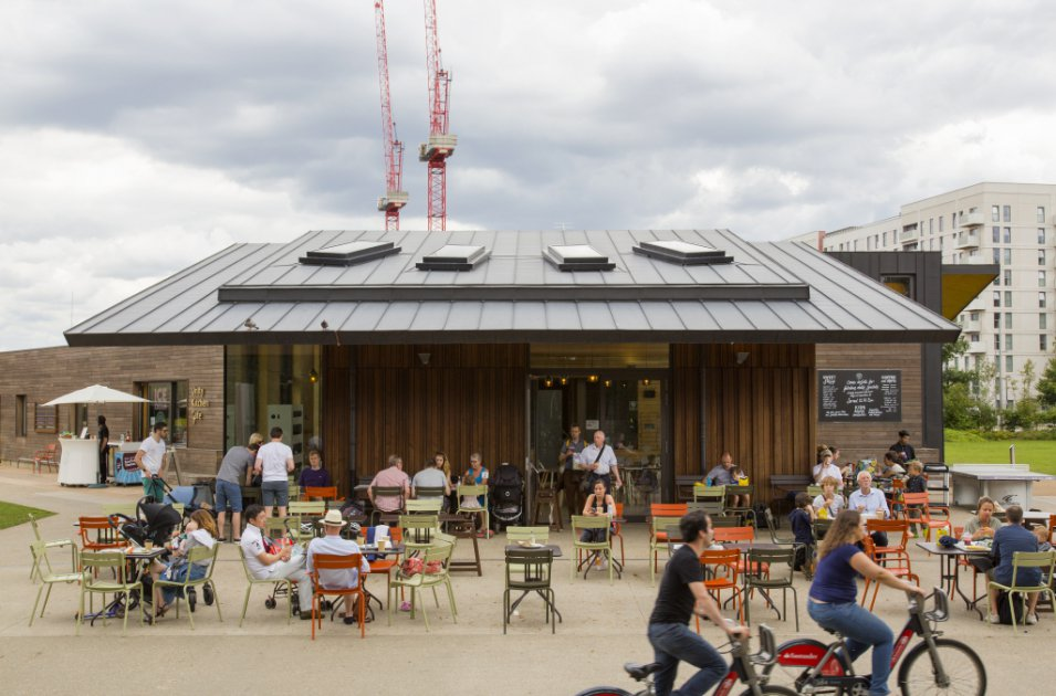 images/projects/images/HD/00000000049/olympic_park_north_hub_timber_lodge_1_33459.hd8